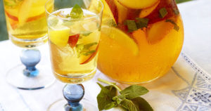 Peachy Mint Iced Green Tea Recipe in Urdu