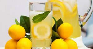 Lemon juice can improve your digestion
