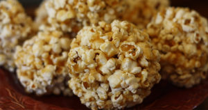 Caramel Popcorn Balls Recipe in Urdu
