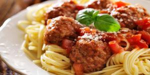 Italian Spaghetti Sauce with Meatballs Recipe in Urdu