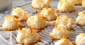 Coconut Macaroons Recipe in Urdu