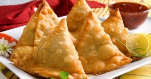 Aloo Samosa Recipe in Urdu