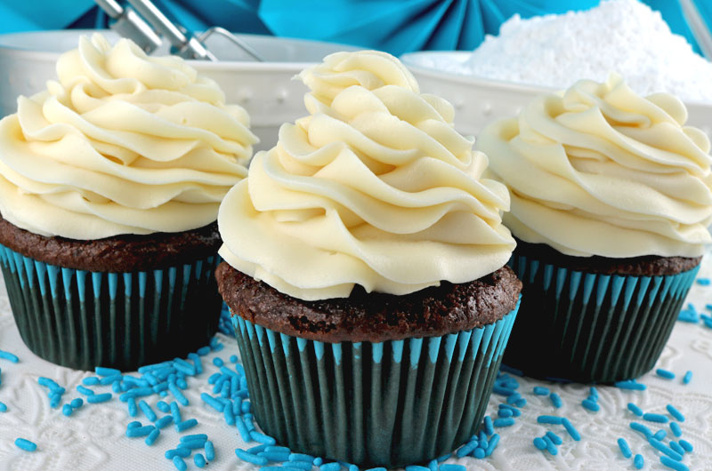 Cupcakes with Cream Cheese Frosting 1