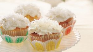 Pina Colada Cup Cakes Recipe in Urdu