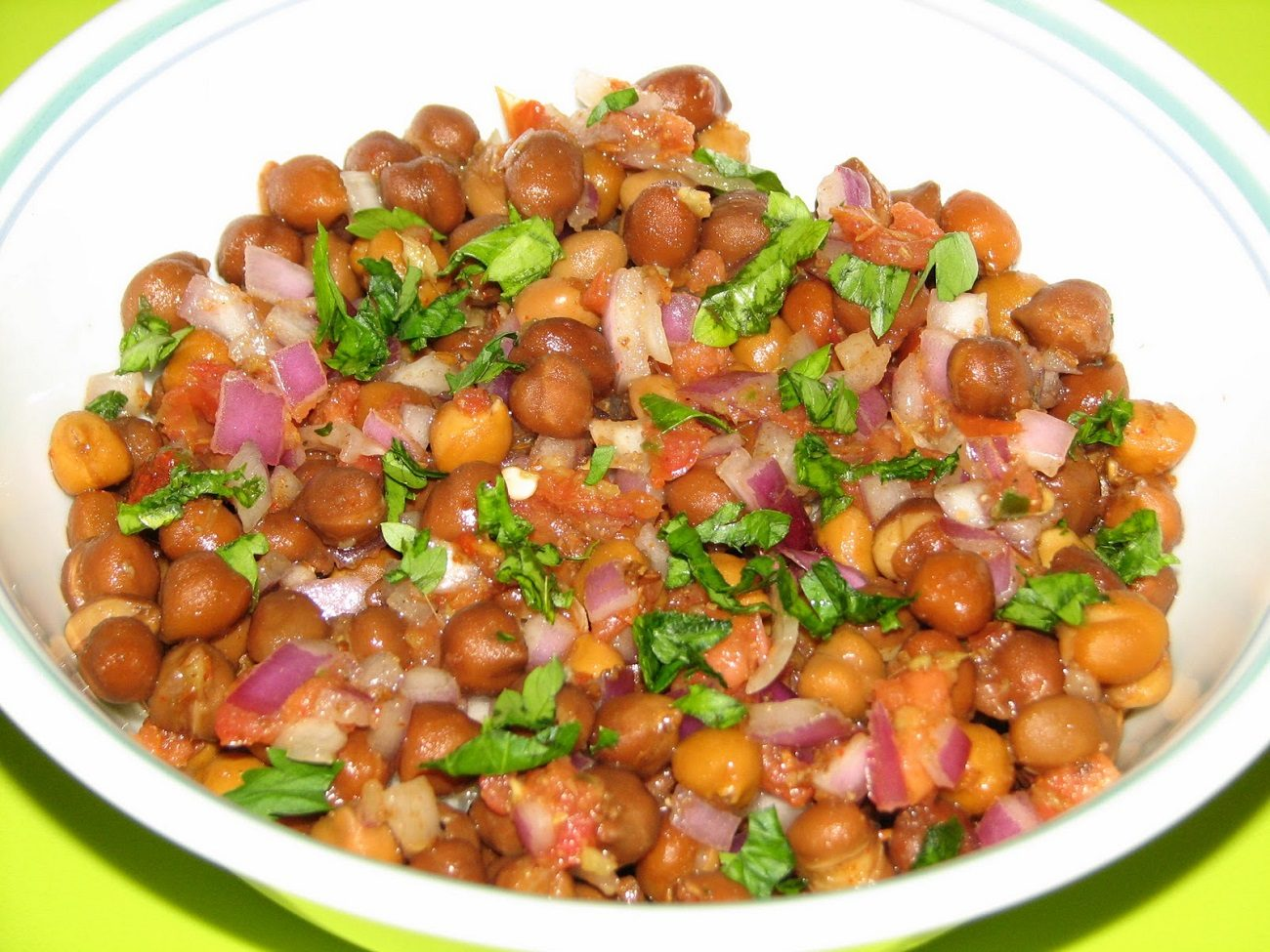 Chana Chaat with Low Fat Chutney