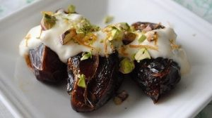 Dates and Cream Recipe in Urdu