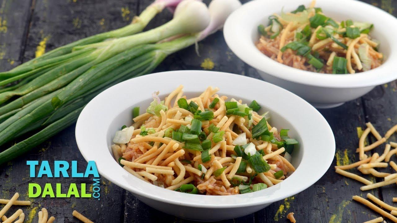 मंचूरियन ग्रेवी में स्ट्यूड चावल Stewed Rice in Manchurian Gravy by Tarla Dalal